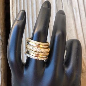 Henri Bendel Luxe Gold Tone Crystal Stack Ring!